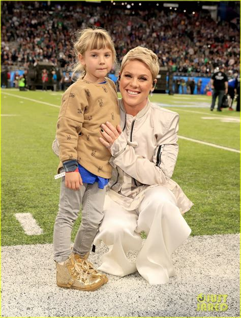 Pink's Daughter Willow Joins Her at Super Bowl 2018